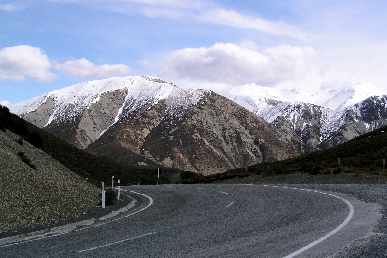 Scenery along State Highway 73 to Arthur's Pass
